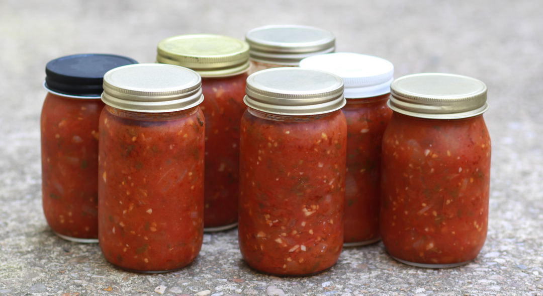 jars of tomato sauce